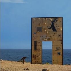 porta_di_Lampedusa_ottobre2011_400